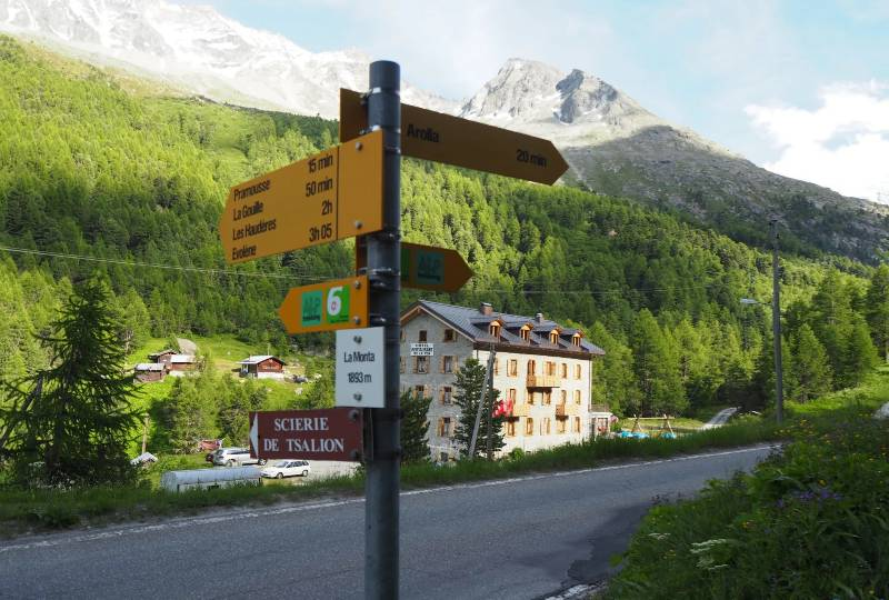 Summer package -  Hiking & Nature - discovering the valley of Arolla